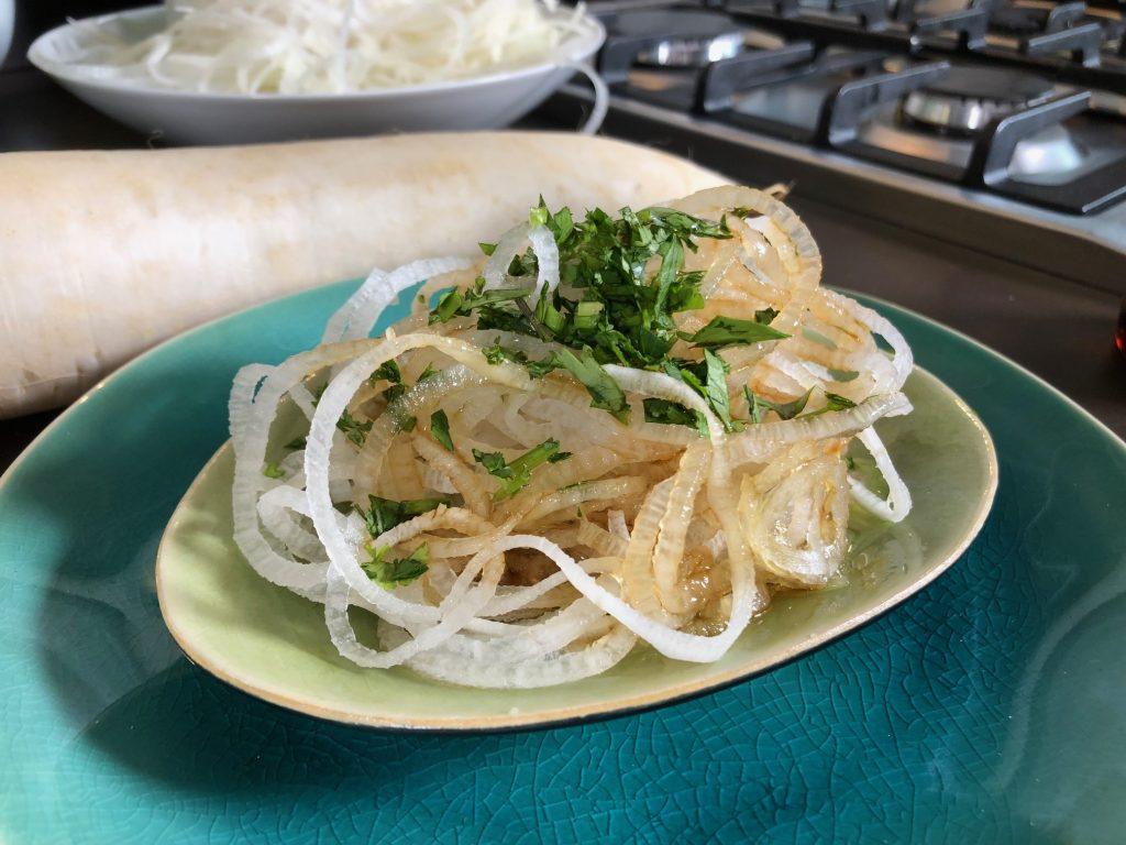 Japanischer Rettichsalat