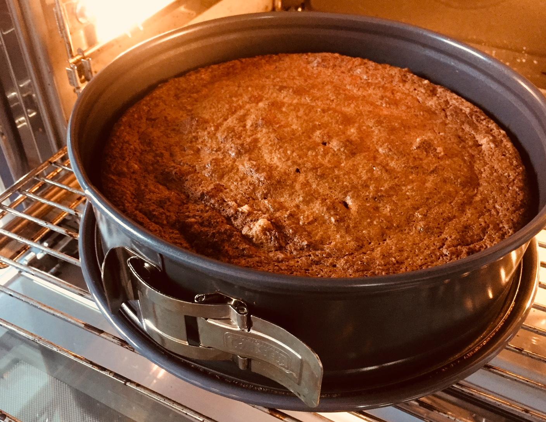 Karotten-Mandel-Torte im Backofen Möhrenkuchen im Backofen